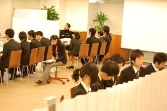 ショートカットセミナーでは企業と個別にガッツリ話せます。.JPG